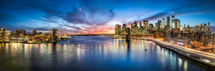 Brooklyn Bridge and Manhattan skyline at sunset, New York City, USA