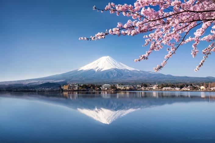 Fujiyama also known as Mount Fuji during the cherry blossom season in spring, Lake Kawaguchiko, Japan