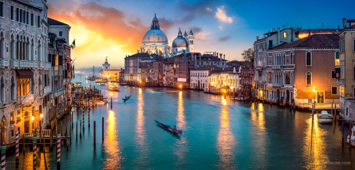 Spectacular sunset over the Canal Grande in Venice, Italy
