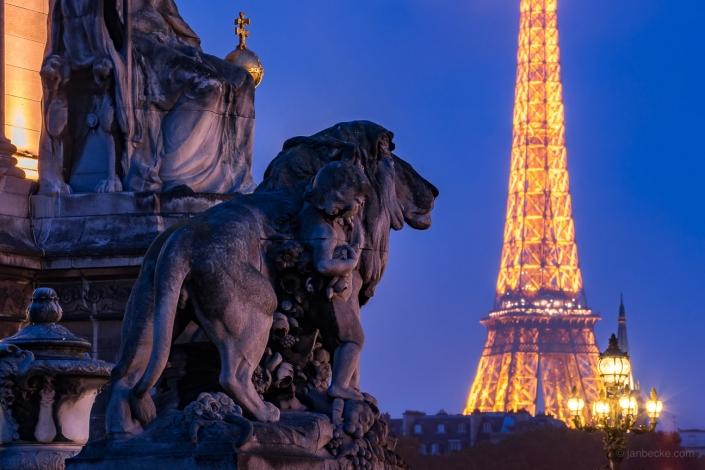 Pont Alexandre III and Eiffel Tower at night, Paris, France