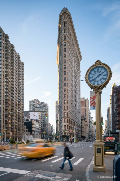 Flatiron Building at the Fifth Avenue in Manhattan, New York City, USA
