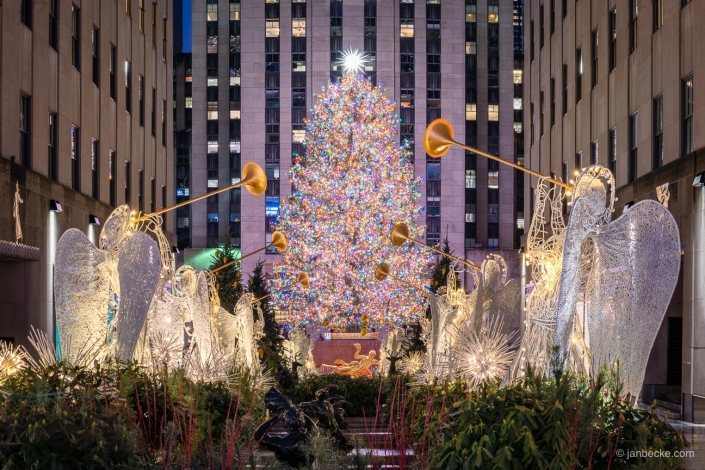 The Rockefeller Christmas tree is the most visited Christmas tree in the world