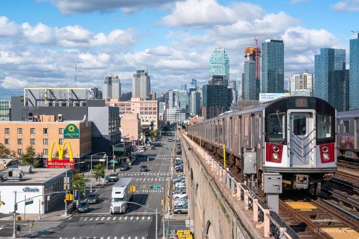 Train arrives at Woodside, Queens